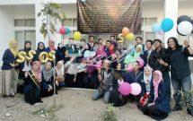 Perayaan sejumlah mahasiswa yang telah dinyatakan lulus dalam sidang (Dok.Suaka)