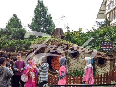 Atusiasme pengujung pada masa liburan sebelum bulan suci ramadhan di Fram House Lembang Bandung (Ulfah Choirun Nissa/Suaka)